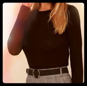 Lulu's Hollis Black Ribbed Long Sleeve Crop Top
